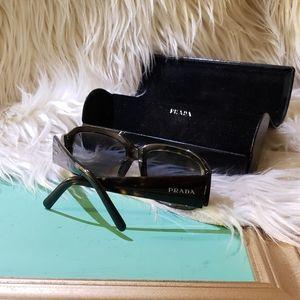 PRADA - Sunglasses & case